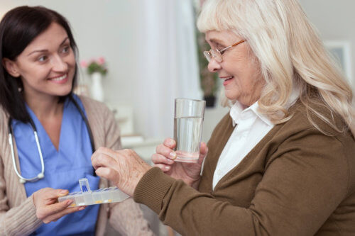 Tips to Help Aging Loved Ones Manage Their Medication